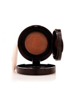Mally Flawless Finish Transforming Effect Foundation / Color: Tan